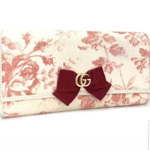 💯Authentic Gucci long wallet